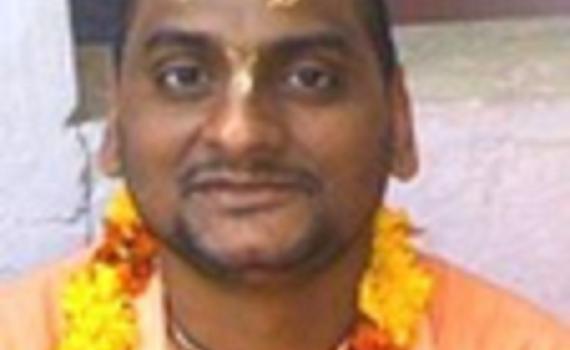 Shanta, Bhakti Niskama, Dr